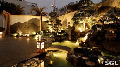 thiết kế sân vườn tuyệt đẹp bởi Saigon Landscape
